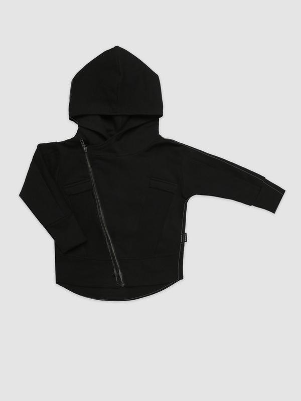 Black zip ramones